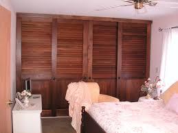 Sliding Louvered Closet Doors Wooden Louvered Sliding Closet Doors