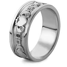 mens silver rings mens silver claddagh ring ms wed2