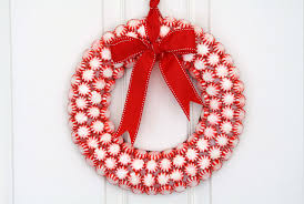 candy wreath craft how to cool mints