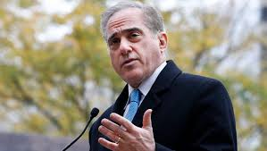 Washington travelling jobs images Va head david shulkin biased reporters 39 make our jobs harder here jpg