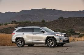 wills toyota used cars 2017 toyota highlander 8 things to motor trend