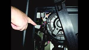 installing a trailer wiring kit on a land rover lr4 youtube
