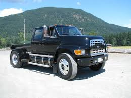 Pickuptrucks Com 1973 To 1998 Joe U0027s Custom Built 1998 Ford F800 Pu Rv Hauler Ford F800 U0027s