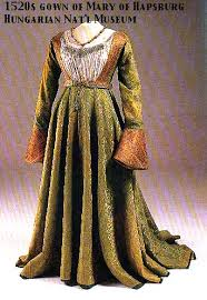 some extant clothing of the middle ages photos