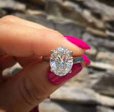 pre owned engagement rings engagement rings 2017 top 10 reasons to buy a pre owned