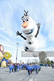 macy s debuts new character balloons for the 91st annual