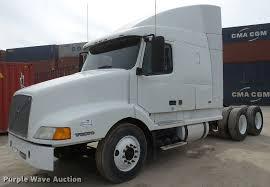 2017 volvo semi truck 2000 volvo vnl semi truck item da7393 sold march 23 tru