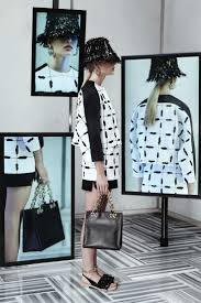 Hollywood Fashion Tape Retailers Best 20 Fashion Window Display Ideas On Pinterest Window