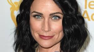 rena sofer hairstyles the bold and the beautiful star rena sofer finds tranquility in
