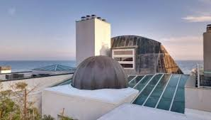 Frank Gehry by Malibu Compound Designed By Frank Gehry Sells For 24 15 Million