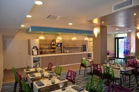 chambres d hotes st gilles croix de vie la salle petit déjeuner photo de ibis styles gilles croix de