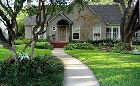 Front Curb Appeal - front yard landscaping houston