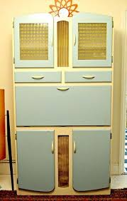 vintage kitchen base cabinets the old kitchen cabinets ideas
