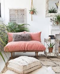 Pink Sofa Com Best 25 Pink Velvet Chair Ideas On Pinterest Pink Chairs Pink