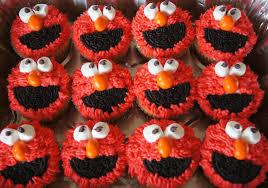 elmo cupcakes just a sliver