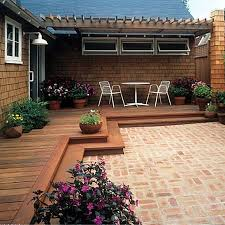 Patio And Deck Ideas Best 25 Low Deck Ideas On Pinterest Low Deck Designs Backyard
