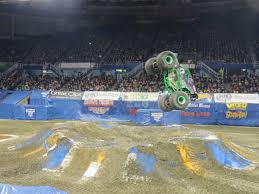 how long does monster truck jam last five things i learned as a rookie monster jam judge video