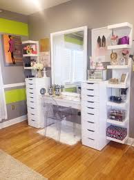 Women S Vanity Bedroom Impressive White Makeup Desks With Elegant Vanity Drawers