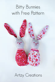 bitty bunnies with free pattern artzycreations com
