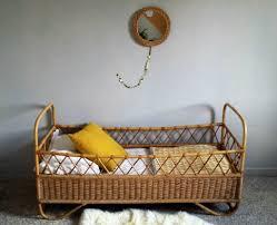 chambre osier lit bébé vintage osier et rotin be løppi