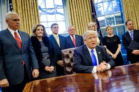 Trump In The Oval Office Donald Trump Signs 5 Year Lobbying Ban For Administration Time Com