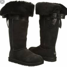 s gissella ugg boots 58 ugg shoes ugg genevieve black boots size 7 from