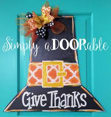 pilgrim hat wood door hanger by simply adoorable thanksgiving
