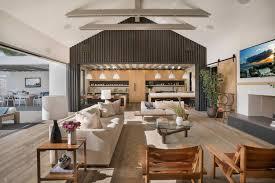 contemporary beach house located in newport beach california by