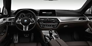 Bmw 528i Interior Bmw U0027s G30 5 Series Vs F10 5 Series Out With The Old In With The New