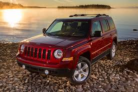 tires on stock jeep patriot 2014 jeep patriot overview cars com