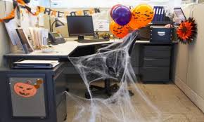 25 cool office door halloween decorating ideas yvotube com