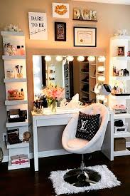 Lamp For Makeup Vanity Best 25 Girls Vanity Table Ideas On Pinterest Makeup Vanities
