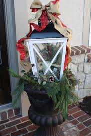Home Decorated For Christmas by Cool Lanterns Decorated For Christmas Decorating Ideas