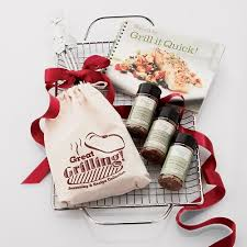 gift ideas for chefs 2010 holiday gift guide 8 great gifts for the foodie in your life