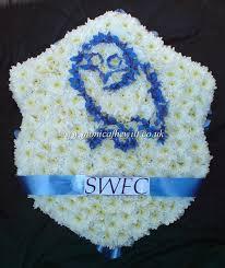 Funeral Flower Designs - 39 best unusual funeral images on pinterest funeral flowers