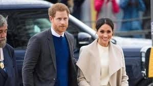 meghan harry meghan markle invites reclusive father to wedding with prince harry