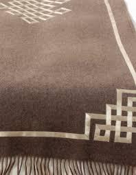 plaid en cachemire or n 24 écharpe de lit ou plaid en cachemire pur couleur taupe