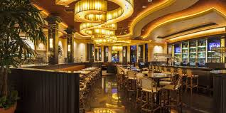 cheesecake factory thanksgiving 7 things cheesecake factory employees want you to know