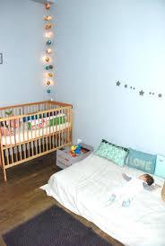 guirlande lumineuse chambre bebe déco chambre de bébé ce serait le bonheur