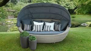 canape de jardin canapé de jardin rond avec auvent en résine tressée cloud