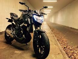 yamaha mt 125 with 2000 of accessories and original parts
