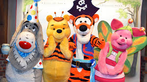 meeting winnie the pooh eeyore tigger u0026 piglet in costume at