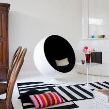 The Ball Chair By Eero Aarnio 8 Best Ball Chair Images On Pinterest Ball Chair Designer Chair