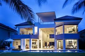 Modern Beach House Modern Beach House Brings The Outdoors In Through Huge Windows
