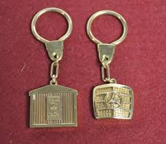 mercedes key rings for sale lot 1279 motoring interest a 9ct gold mercedes key ring