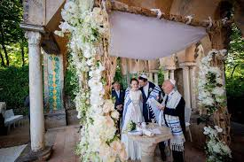 how to make a chuppah 13 ideas for chuppah wedding in italy exclusive italy