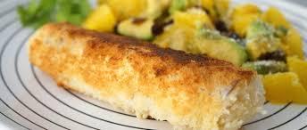 cuisiner poisson blanc poisson pané coco et salade avocat orange paléo régime