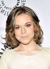 medium length concave hairstyles concave bob curly hair is convenient to anyone who wants trending
