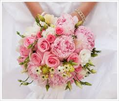 wedding flowers pink a sweet looking bouquet of pink peonies pink roses white
