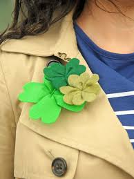 how to make simple felt shamrocks hgtv
